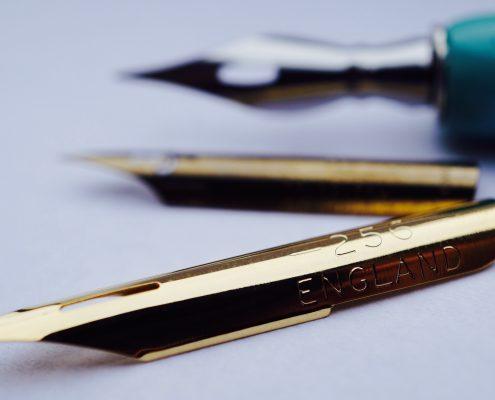 Stylo à plume gravé